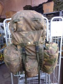 DPM Infantry Bergen + Side Pouches